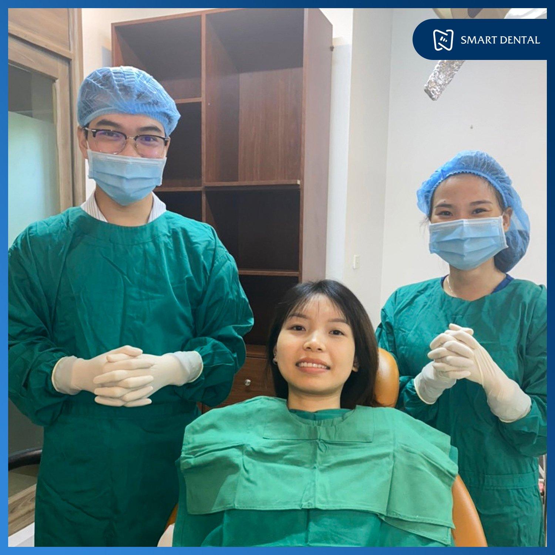 25 Tuổi mất 2 răng hàm 10 năm, ăn uống khó khăn phải trồng răng Implant 7